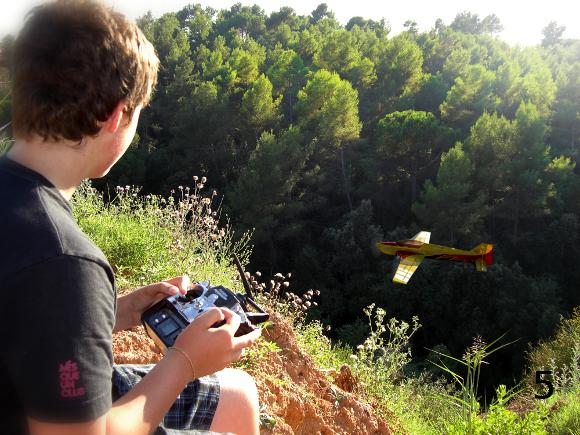 volando en el barranco